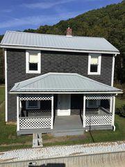140 Franklin St, Clymer, PA 15728