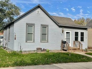 422 W Lincoln St, Springfield, MN 56087