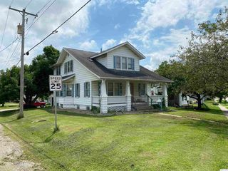 300 Quincy Rd, Mount Sterling, IL 62353