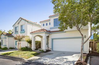 811 Lansford Pl, Santa Clara, CA 95050