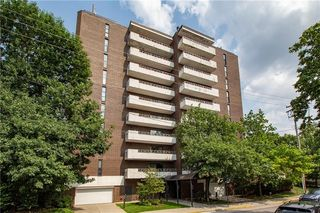 363 S Highland Ave #301, Pittsburgh, PA 15206