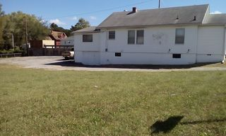 11108 E 23rd St S, Independence, MO 64052