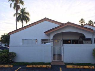 15390 SW 76th Ter, Miami, FL 33193