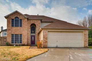 322 Thousand Oaks Dr, Lake Dallas, TX 75065