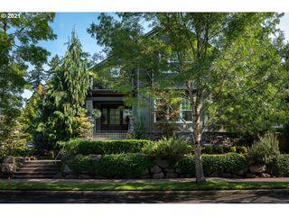 6425 SW Bancroft St, Portland, OR 97221