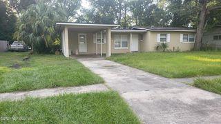 5206 Redstone Dr, Jacksonville, FL 32210