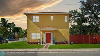 1430 S M St, Lake Worth, FL 33460