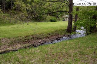 1820 Big Brush Creek Rd, Green Mountain, NC 28740