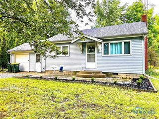 11160 West St, Whitehouse, OH 43571
