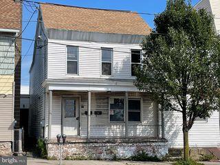 45 S Lehigh Ave, Frackville, PA 17931