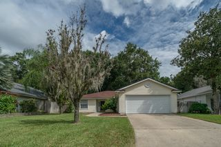 5221 Emerald Glades Ct, Jacksonville, FL 32277