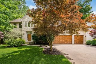 1015 Sunbury Lake Dr, Westerville, OH 43082