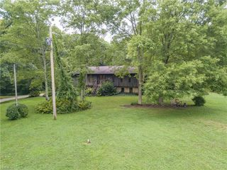 10225 Whippoorwill Rd, Newton Falls, OH 44444