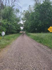 1435-1500 E Park, Willow Hill, IL 62480