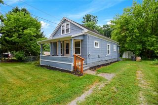 222 Matta Ave, Youngstown, OH 44509