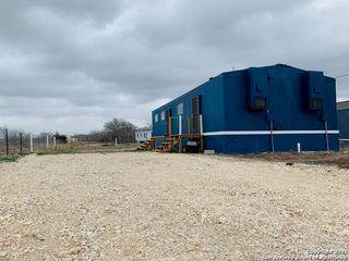 205 E Helena St, Runge, TX 78151