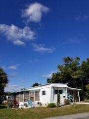 896 Poinsettia St, Casselberry, FL 32707