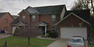3300 Snaffle Rd, Lexington, KY 40513