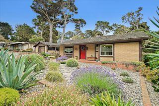 242 Grove Acre Ave, Pacific Grove, CA 93950