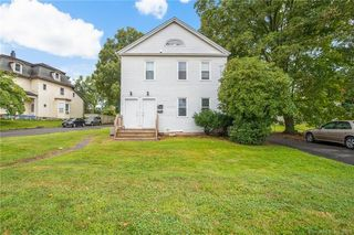 424 N Main St, Manchester, CT 06042