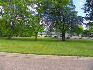 401 S Lake St, Sherburn, MN 56171