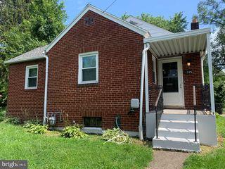 1325 Verbeke St, Harrisburg, PA 17103
