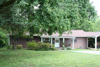464 W Outer Dr, Oak Ridge, TN 37830