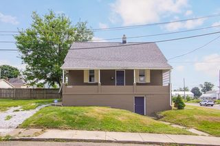 2920 8th St NW, Canton, OH 44708