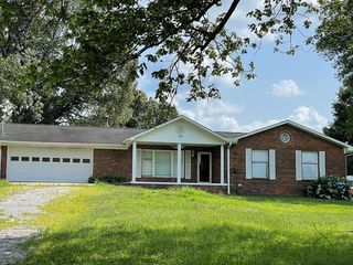 85 Russ Hill Rd, Nortonville, KY 42442