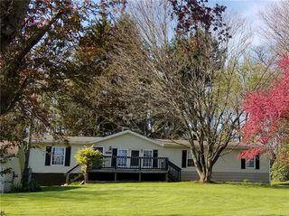 1269 Barkeyville Rd, Grove City, PA 16127