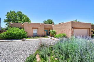 6405 Guadalupe Pl NW, Los Ranchos, NM 87107