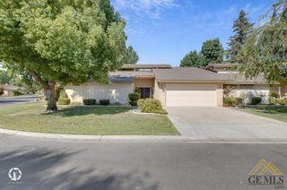 2300 El Portal Dr #49, Bakersfield, CA 93309