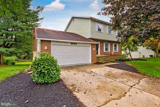 5885 Laurel St, Harrisburg, PA 17112