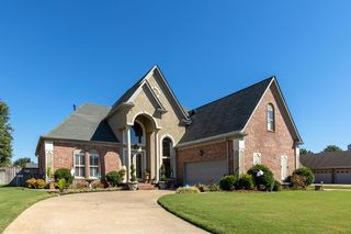 1303 Brentwood Dr, West Memphis, AR 72301