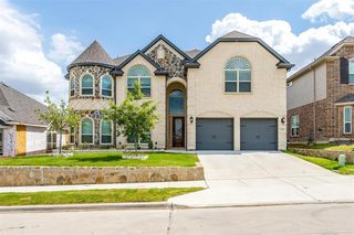 5217 Center Hill Dr, Fort Worth, TX 76179