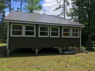 402 Middle Rd, New Portland, ME 04961