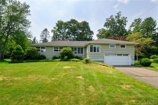 14 Cold Spring Rd, New Fairfield, CT 06812