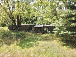 8785 Saint George Rd, Hartville, MO 65667