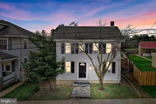 27 W Maple St, Wrightsville, PA 17368