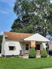 3415 Lenox Ave, Youngstown, OH 44502