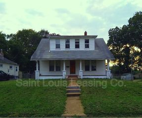 3737 Marvin Ave, Saint Louis, MO 63114