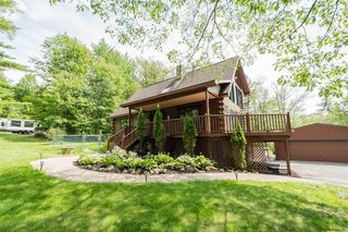 2 Moore Rd, Middle Grove, NY 12850