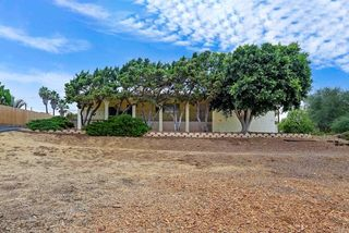 838 Hutchison St, Vista, CA 92084