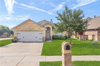 4201 Cedar Creek Ct, College Station, TX 77845