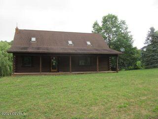 829 Molasses Rd, Mount Pleasant Mills, PA 17853