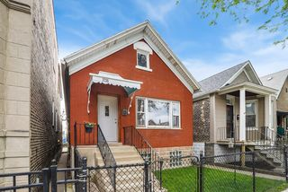 3735 S Lowe Ave, Chicago, IL 60609