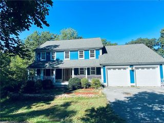 86 Whip Poor Will Dr, Moosup, CT 06354