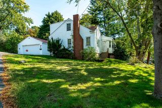 201 Thaxter Rd, Portsmouth, NH 03801