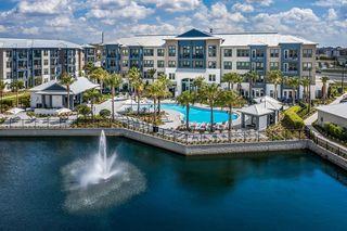 4000 Headwaters Way, Orlando, FL 32837