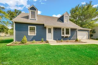 7276 S Willowbrook Dr, Lowell, IN 46356